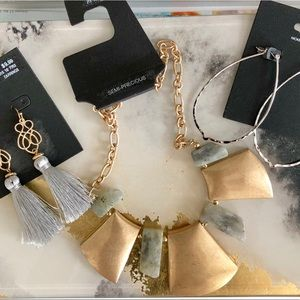 NWT Beautiful Jewelry Bundle ~ necklace/earrings